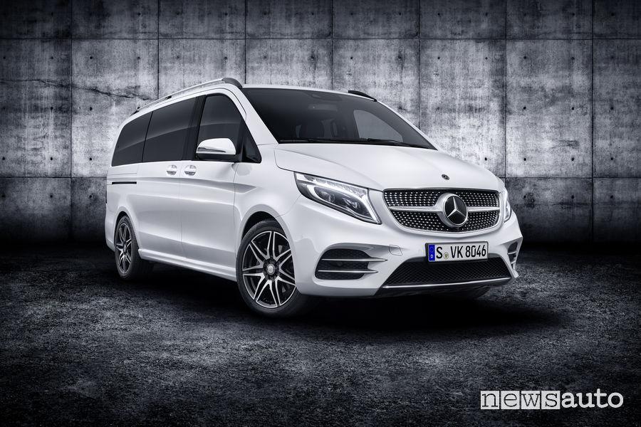 Mercedes-Benz Classe V 2019 AMG Line, vista di profilo
