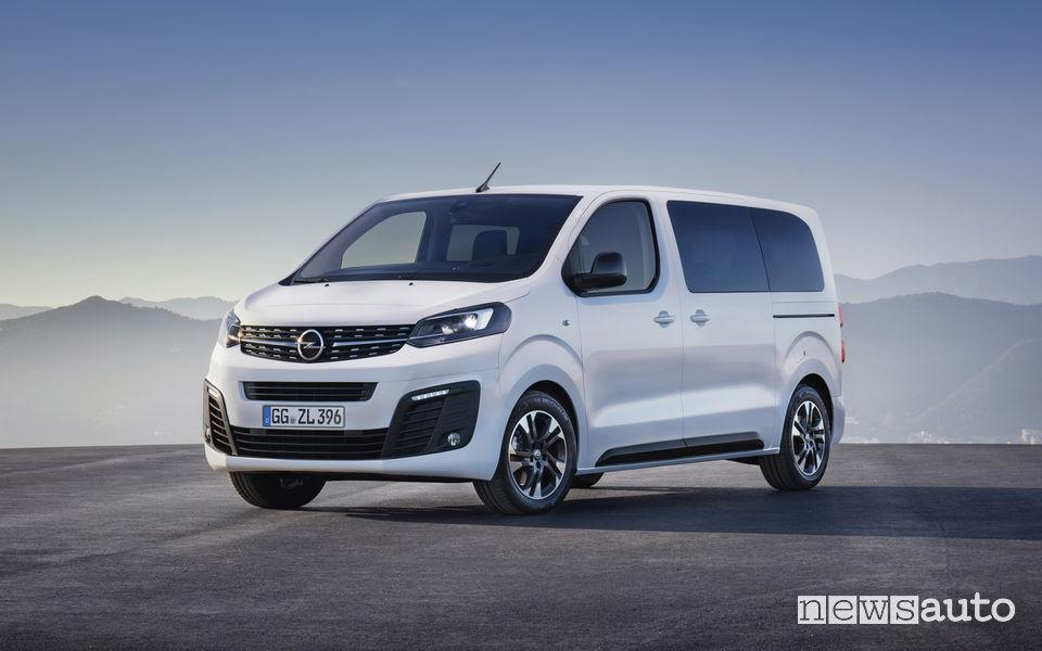 Opel Zafira Life 2019, vista di profilo
