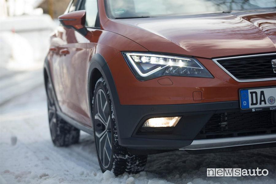 Seat Leon 4Drive neve Fari fendinebbia sulla neve