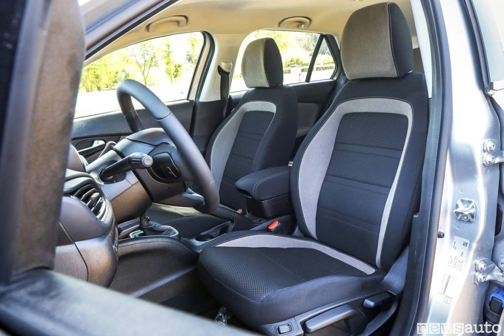 Fiat Tipo sedili anteriori