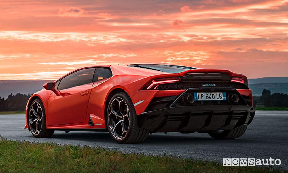 Lamborghini Huracán EVO, vista posteriore