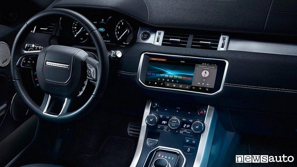 10 SUV più venduti in Italia nel 2018 Land Rover Range Rover Evoque interni