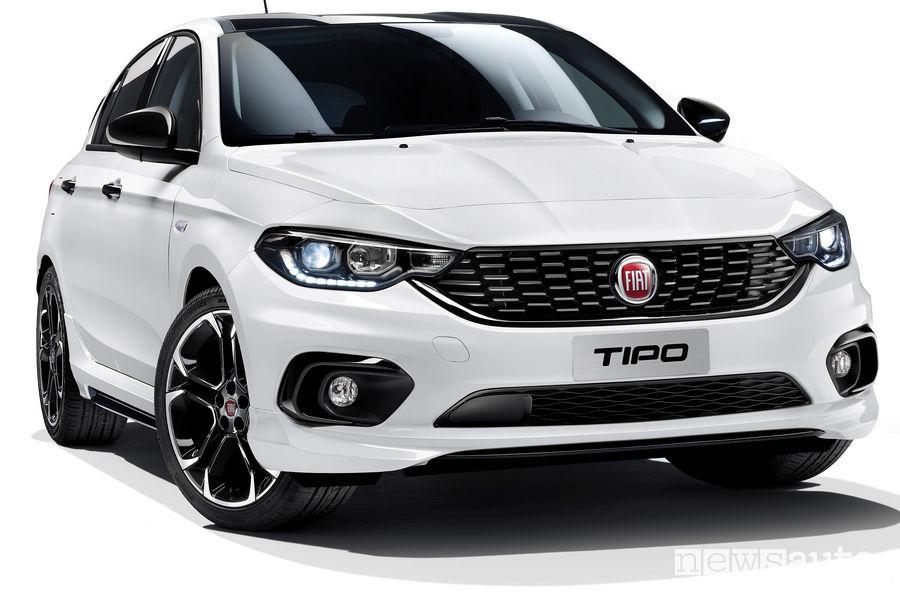Fiat Tipo Sport 5 porte, vista di profilo