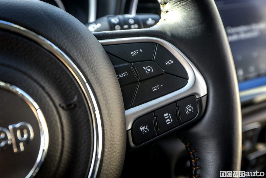 Comandi al volante velocità cruise control Jeep Compass