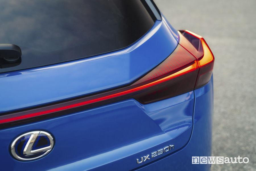 Lexus UX Hybrid, gruppo ottico posteriore