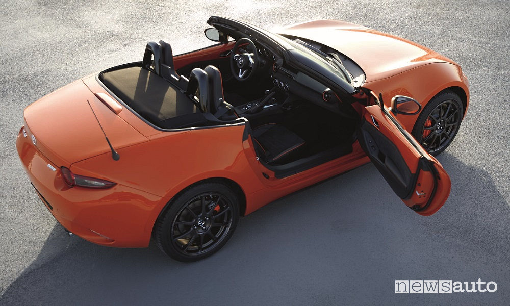 Mazda MX-5 30th Anniversary Edition, vista laterale