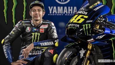 Valentino Rossi nel MotoGP 2019, con la Yamaha Monster!