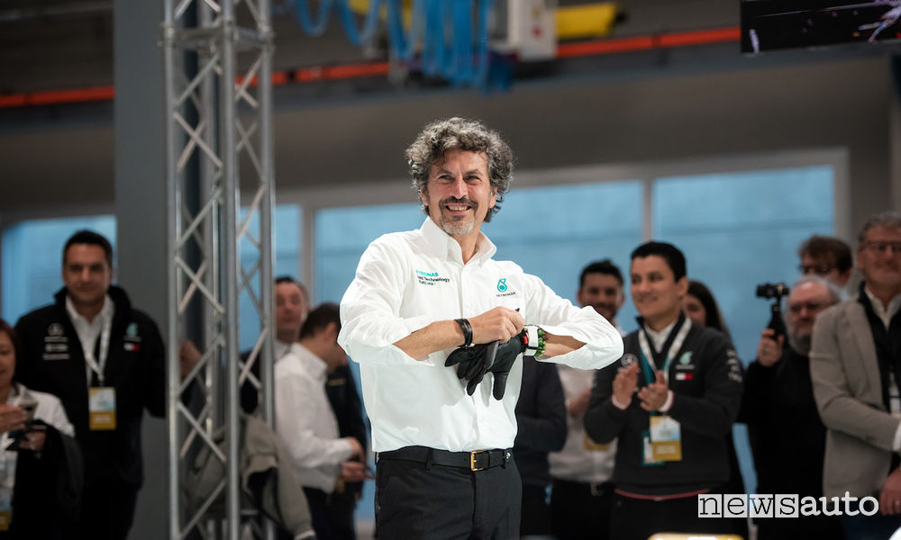 Giuseppe D'Arrigo alla presentazione della gamma Petronas Syntium con CoolTech