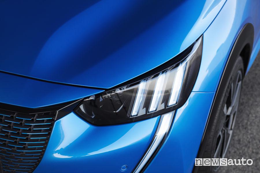 Fari full led di nuova Peugeot 208 elettrica