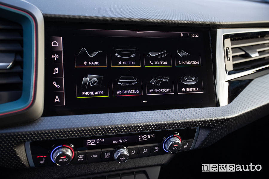 Audi A1 Sportback 25 TFSI touchscreen MMI 10,1 pollici