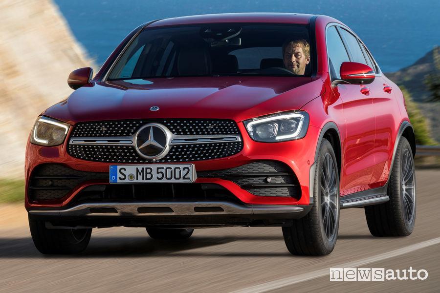 Mercedes-Benz GLC Coupé AMG Line 2019, vista frontale