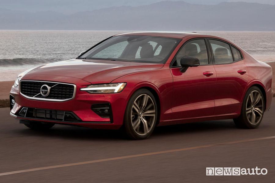 Volvo S60 velocità autolimitata 180 km/h