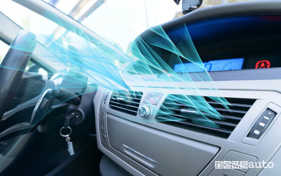 Appannamento vetri auto aria condizionata