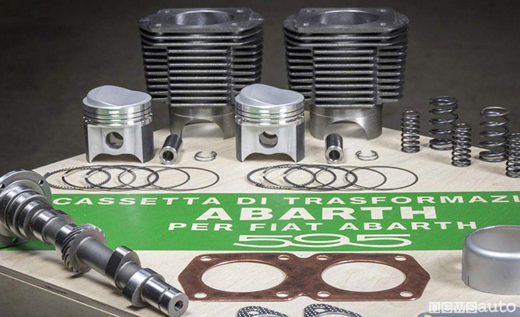Il kit completo con i componenti presenti all'interno della  Cassetta di trasformazione Abarth 595