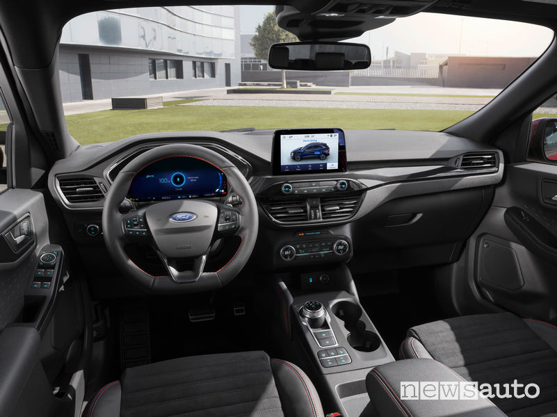 Ford Kuga 2019 plancia strumenti