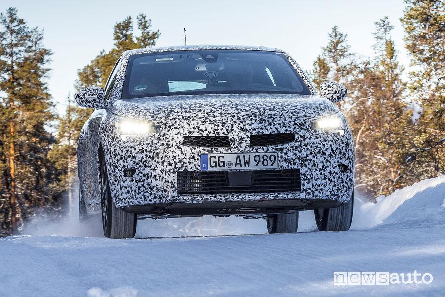 Nuova Opel Corsa test invernali ESP e ABS in Lapponia