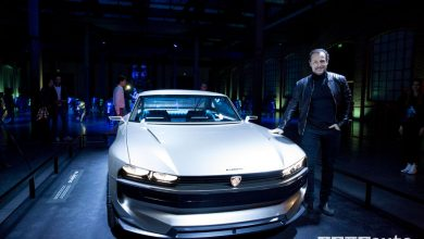 Peugeot alla Milano Design Week 2019, Accorsi davanti all'e-Legend Concept