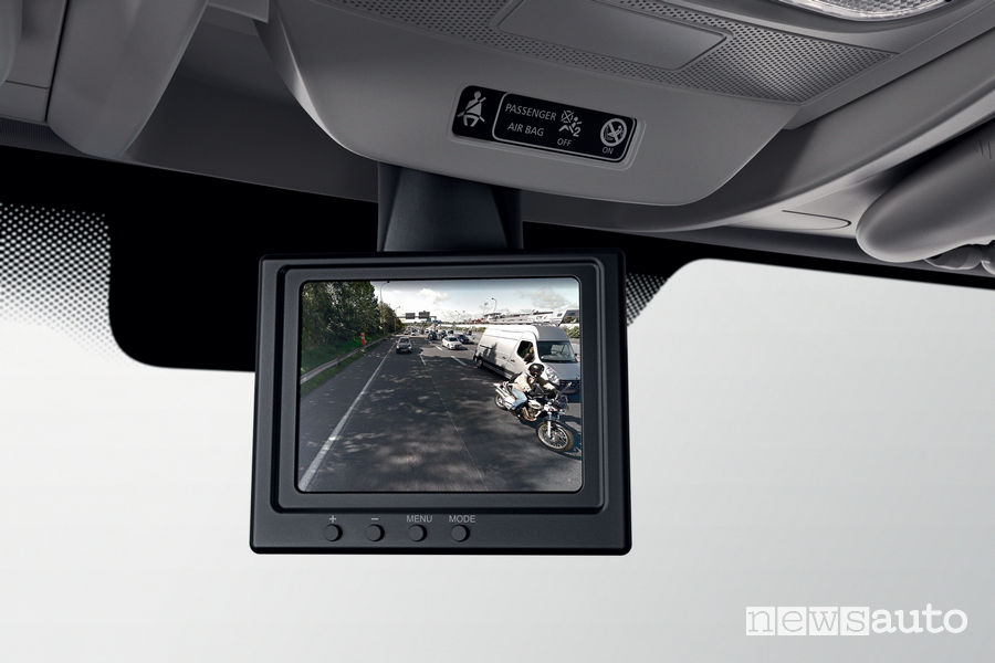 Nuovo Renault Master 2019 display Rear View Assist