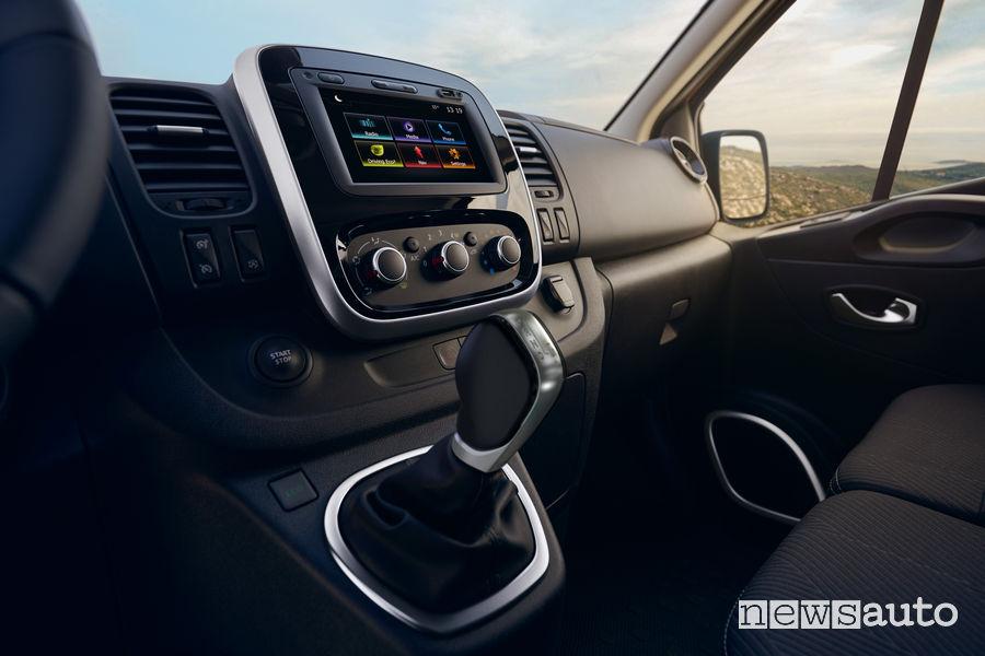Nuovo Renault Trafic leva cambio automatico