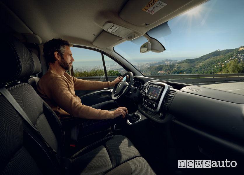 Nuovo Renault Trafic abitacolo