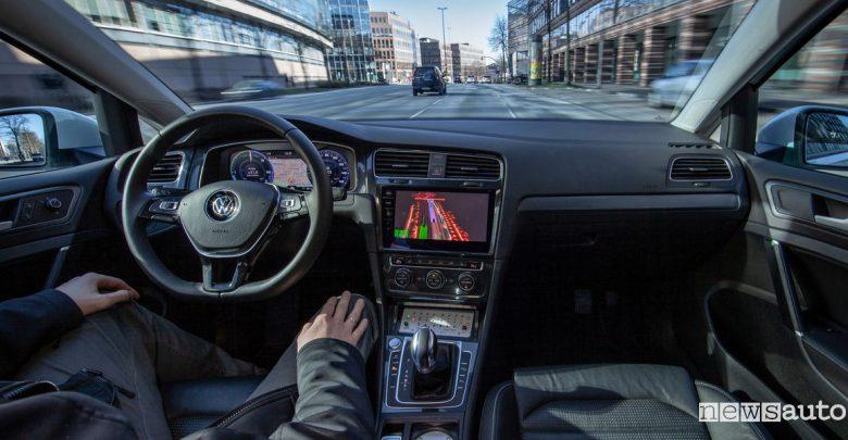 Guida autonoma di livello 4 Volkswagen e-Golf