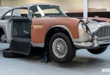 Aston Martin DB5 di James Bond
