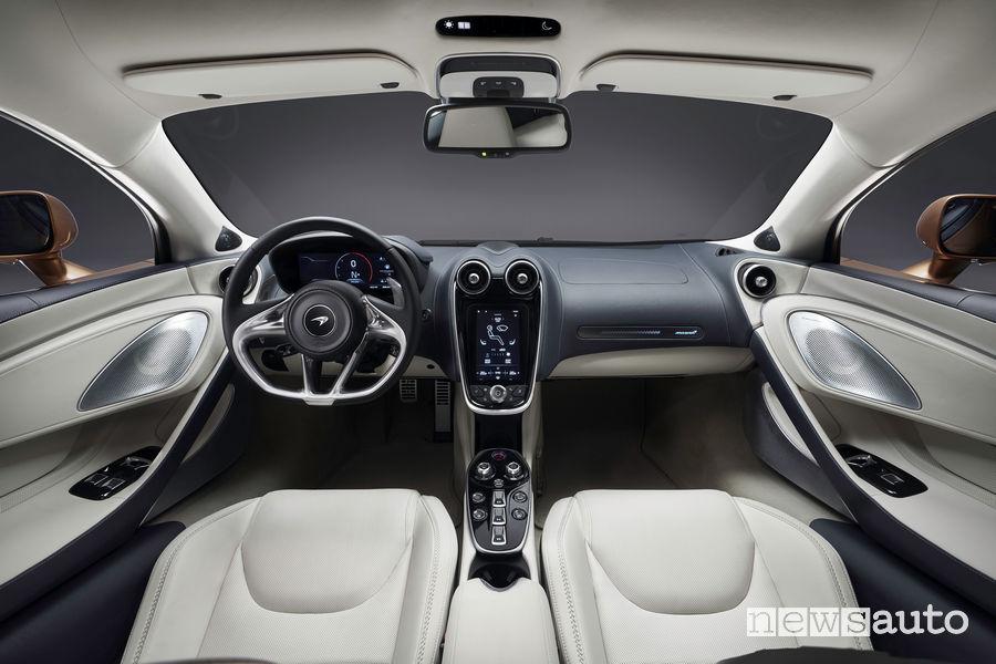 McLaren GT Gran Turismo plancia strumenti