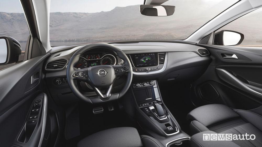 Opel Grandland X Hybrid4 plancia strumenti