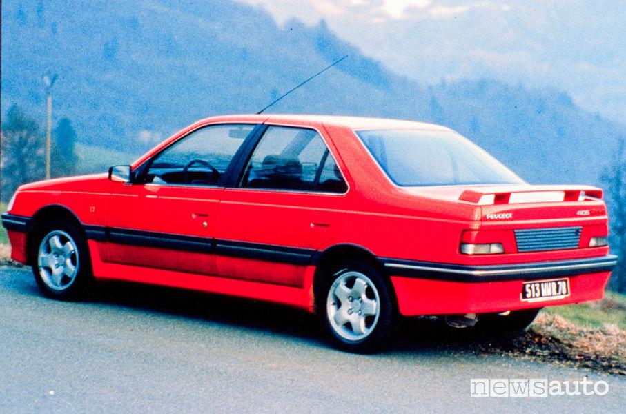 Peugeot 405 Mi16 X4 4x4 rossa vista posteriore