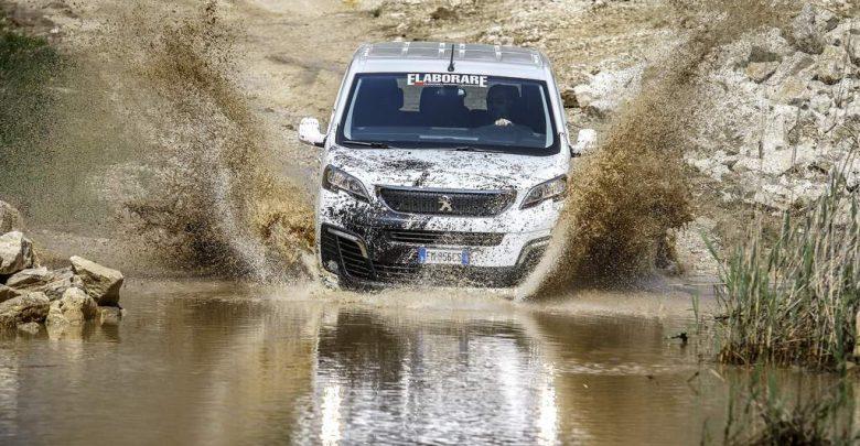 Peugeot Traveller 4x4 prova in offroad