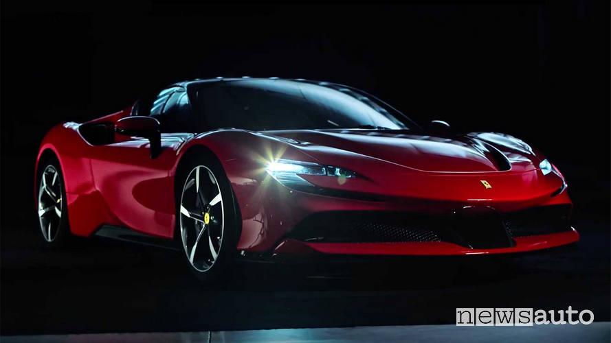 Gamma Ferrari 2019 Ferrari SF90 Stradale dettaglio fari led