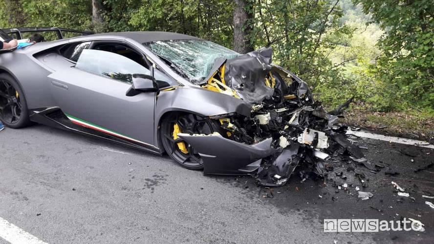 Incidente Lamborghini alla Mille Miglia 2019
