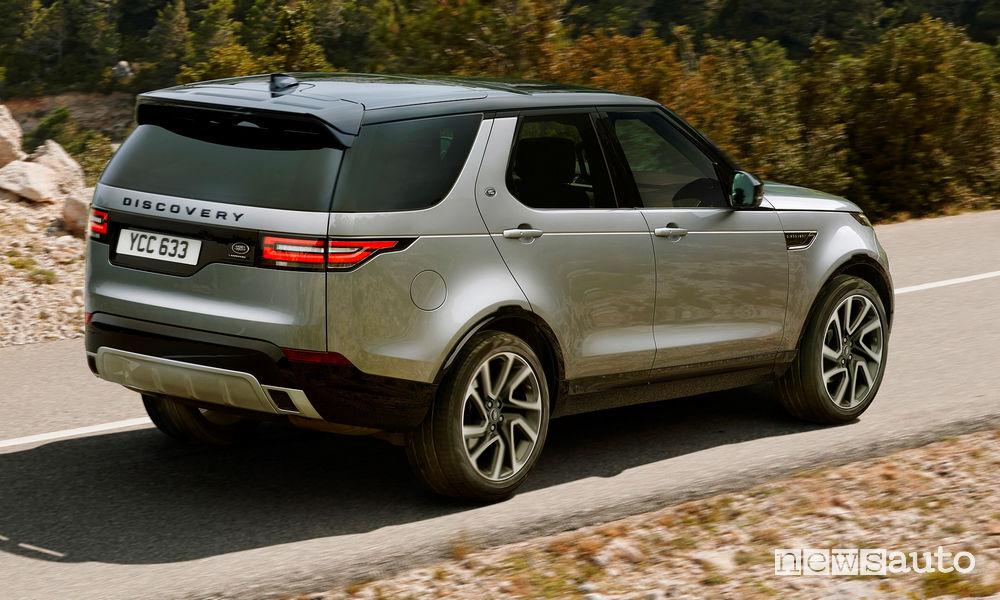 Vista posteriore Land Rover Discovery Landmark Edition