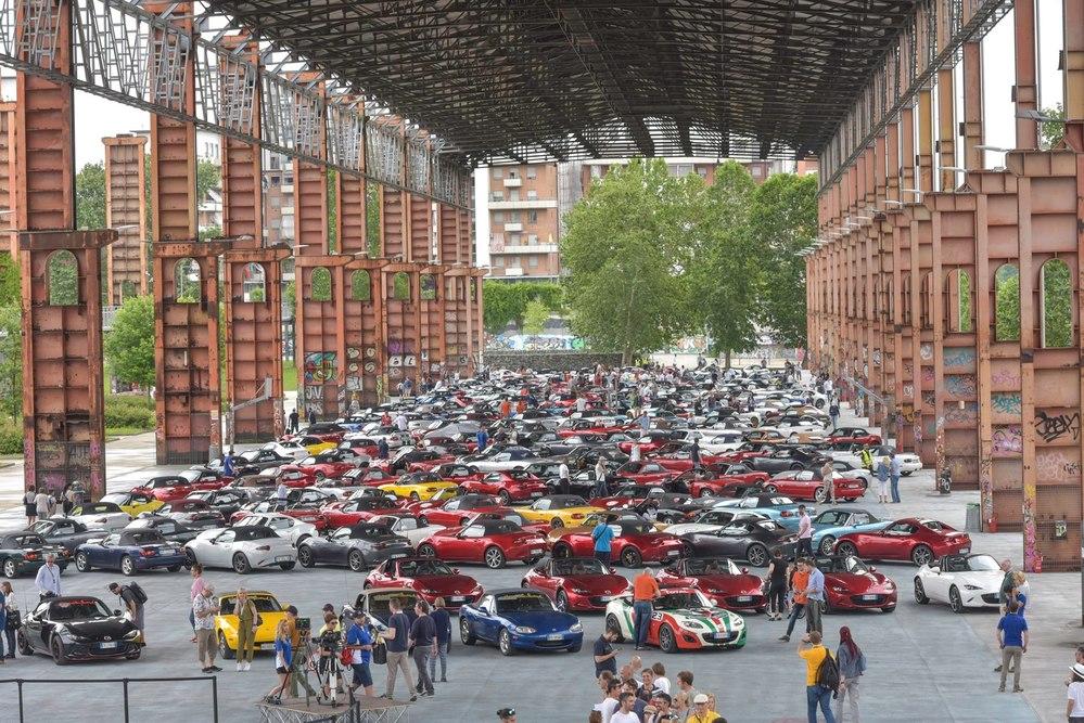 Mazda MX-5 Icon Day a Torino per la 30.a festa di compleanno