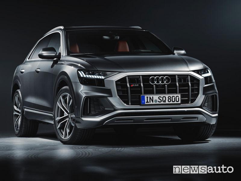 Audi SQ8 TDI vista di profilo