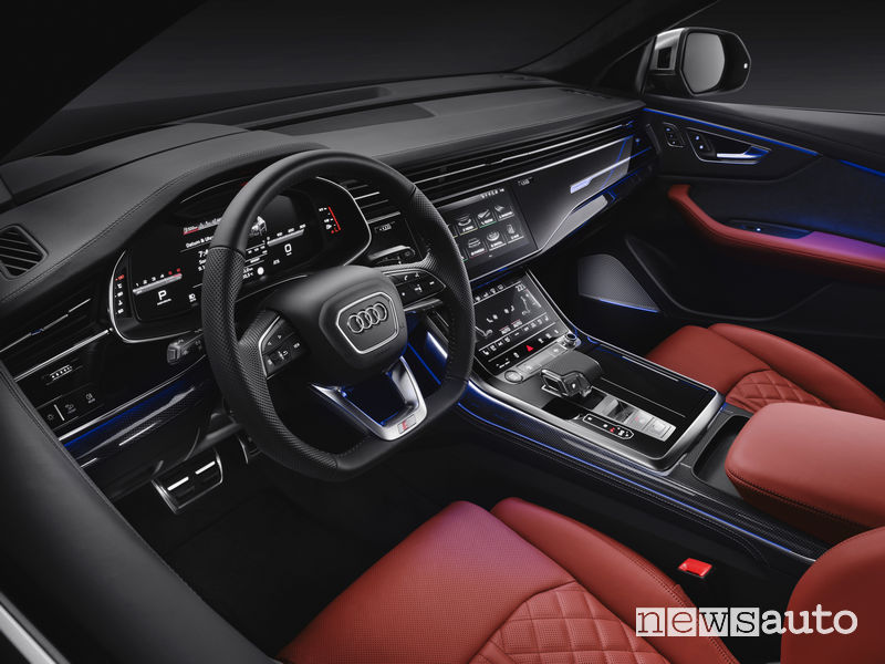 Audi SQ8 TDI abitacolo