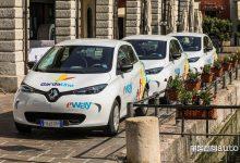 Photo of Noleggio auto al lago di Garda in elettrico con la Zoe di E-way