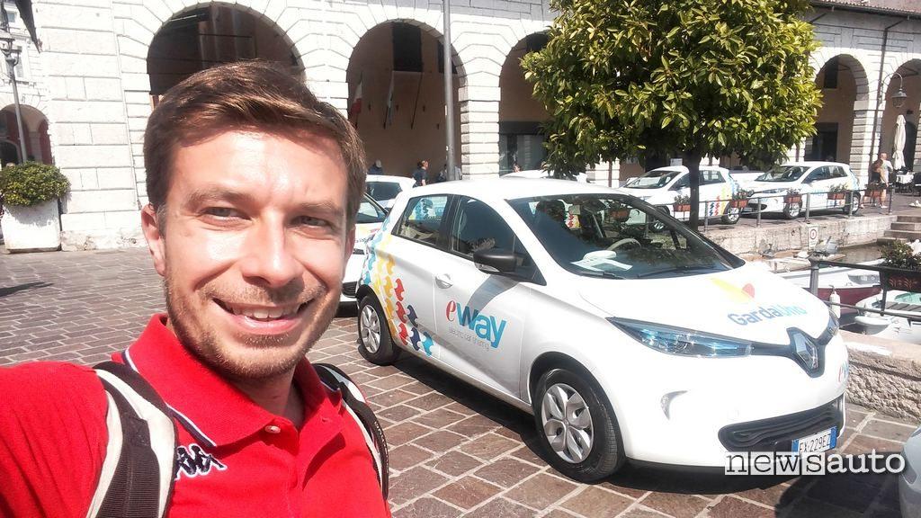 La prova con Marco Paternostro della Renault Zoe di E-Way car sharing elettrico del lago di Garda