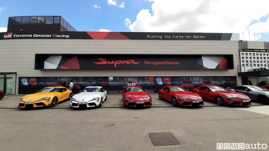 Le Toyota GR Supra schierate sul circuito di Jarama in Spagna dove le abbiamo provate in pista