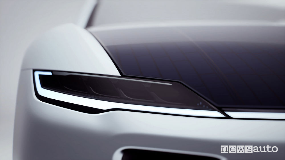 Prezzo Lightyear One auto elettrica solare