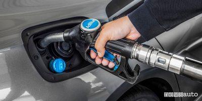 Crisi energetica, scarseggia l'AdBlue per le auto diesel