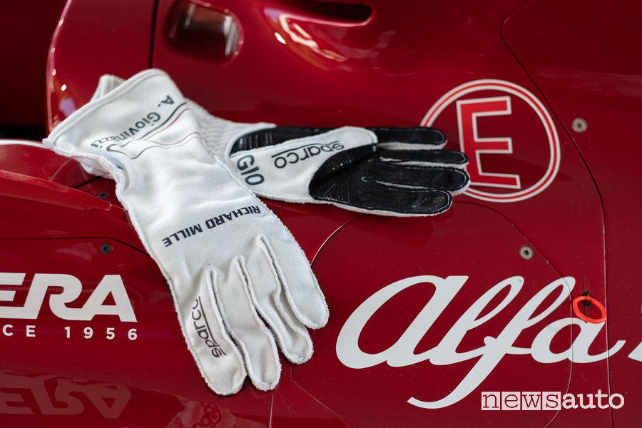 Guanti Biometrici Sparco F1 di Antonio Giovinazzi Alfa Romeo Racing