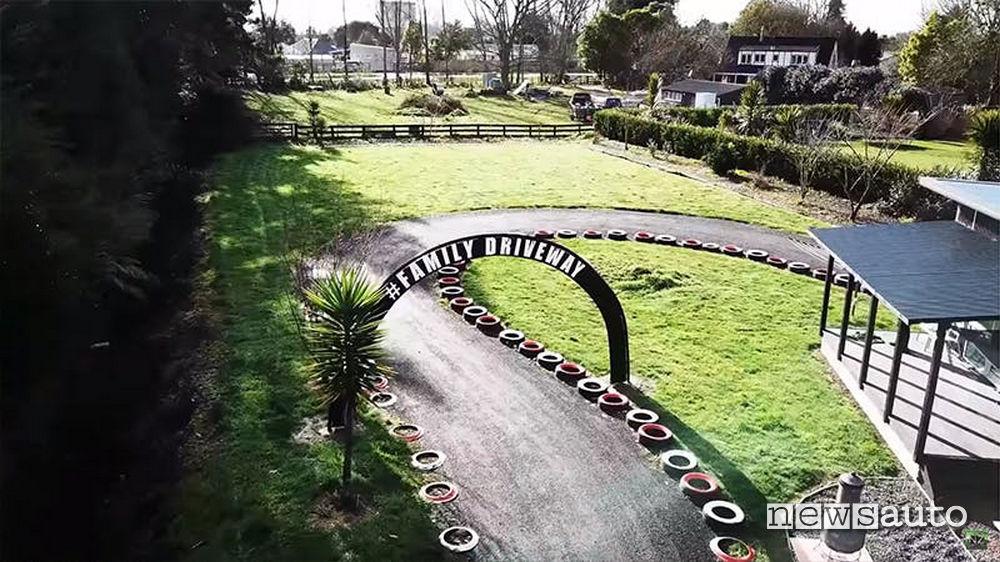 pista-drift-casa-teruya Pista drift realizzata nel cortile di casa
