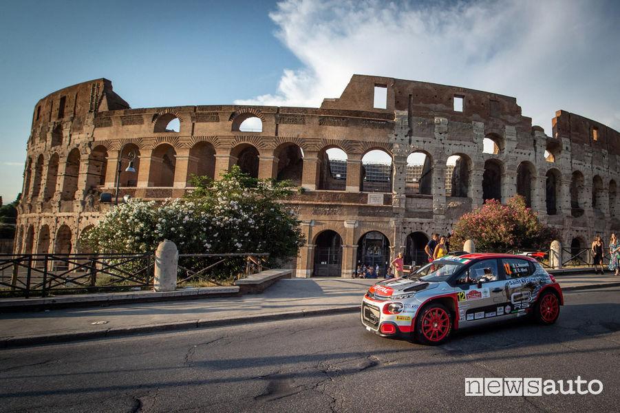 Rally di Roma Capitale 2019 Citroën C3 R5 Rossetti/Mori davanti al Colosseo