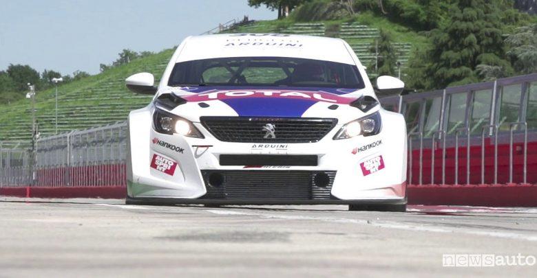 Reality in pista con la Peugeot 308 TCR e Massimo Arduini