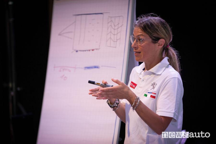 Anna Andreussi professoressa al corso di rally con Peugeot al Ciocco