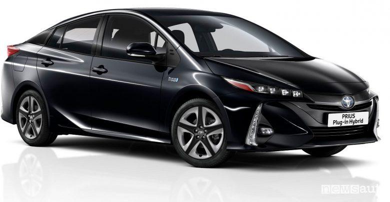Auto ibrida solare Toyota Prius Plug-In Hybrid