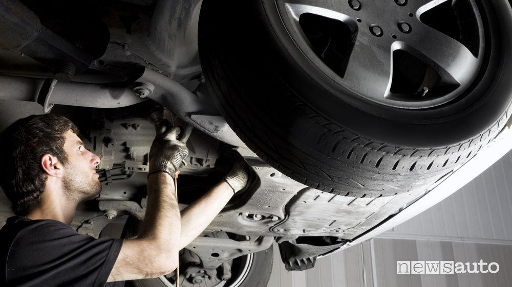 officina auto meccanico revisione