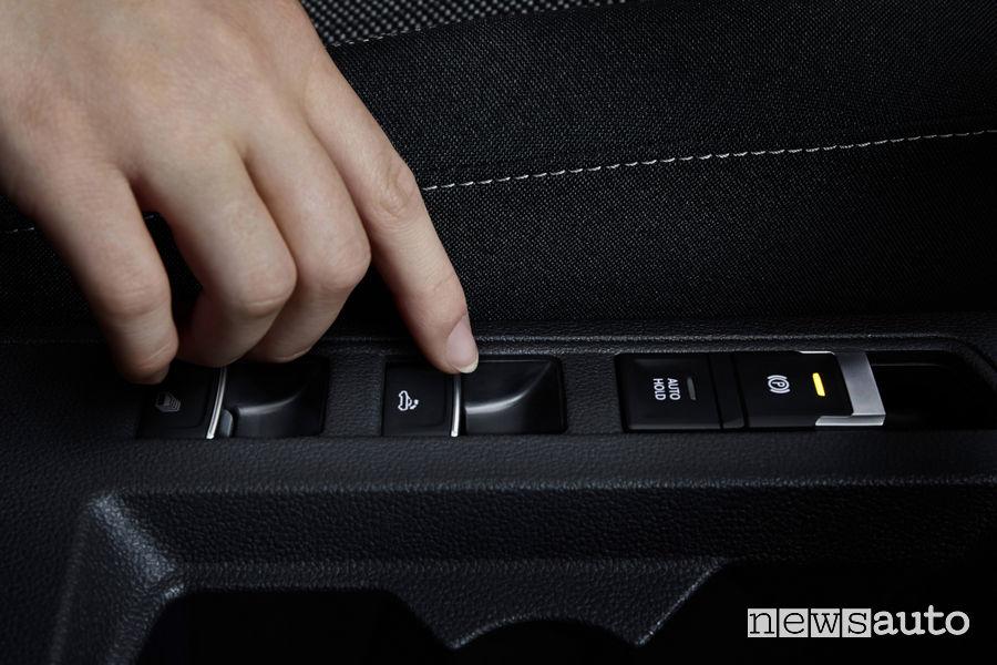 Volkswagen T-Roc Cabriolet comando apertura e chiusura capote in tessuto