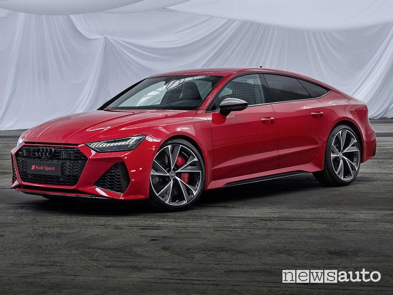Fiancata laterale alto guidatore nuova Audi RS7 Sportback 2020